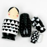 Matroschka Black & White von Petit Monkey